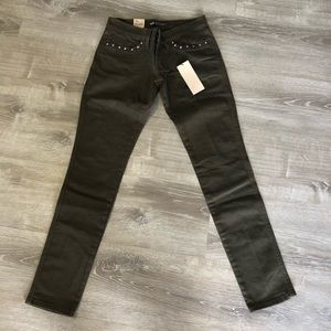 NWT Levi's Studded Skinny Jeans Size 28